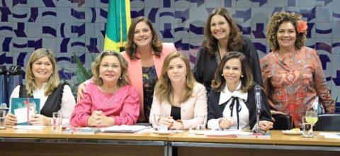 Líder do PV é escolhida para o cargo de Procuradora da Mulher da Câmara dos Deputados
