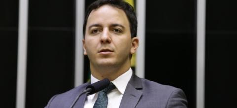 Célio Studart é o único deputado do Ceará a votar contra vaquejada